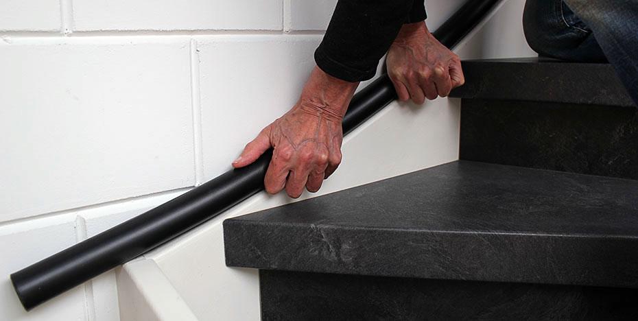 Trapleuning eenvoudig buigen naar de trapboom